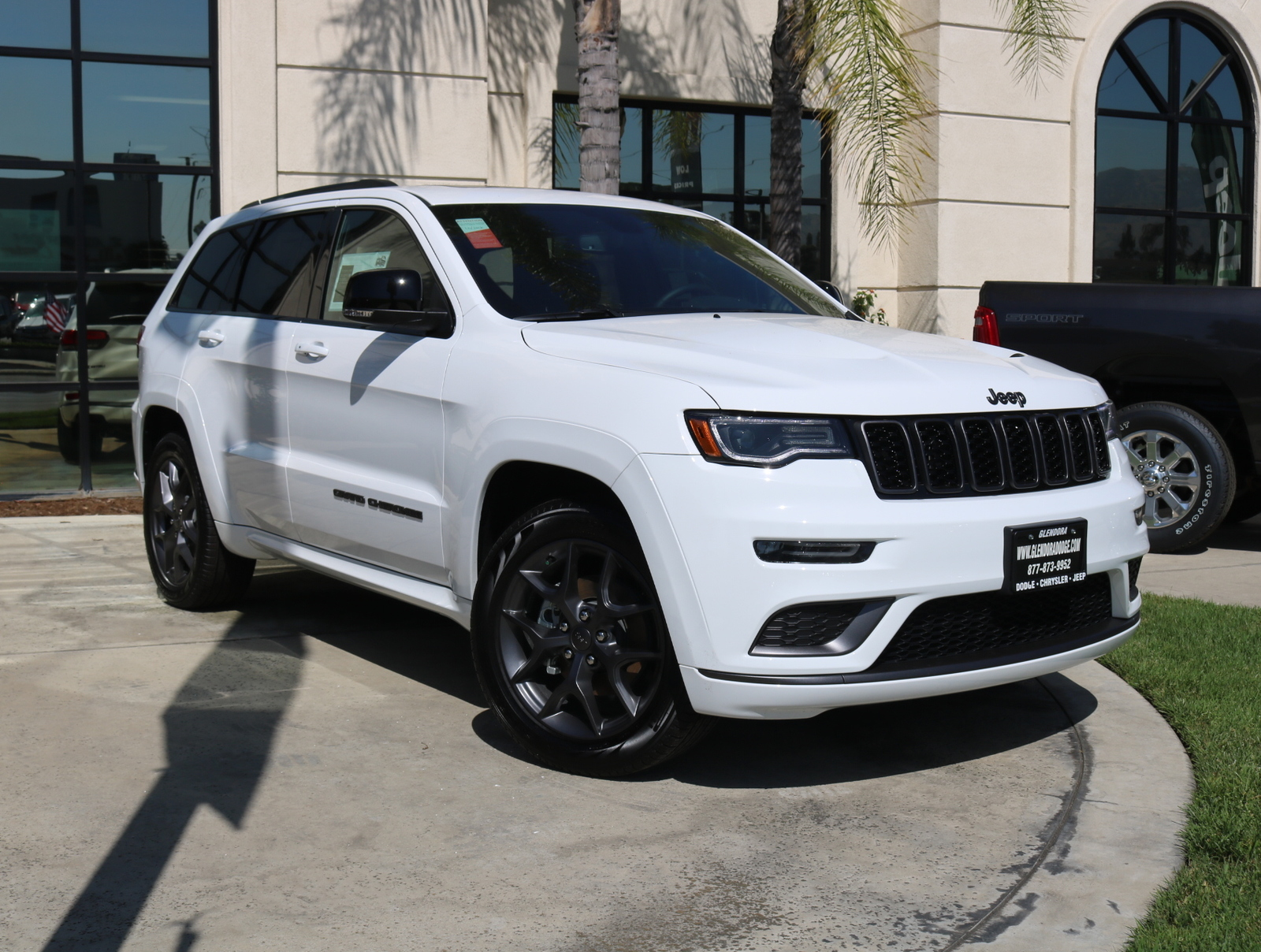 New 2019 JEEP Grand Cherokee Limited 4x2