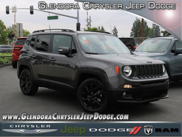 New 2018 JEEP Renegade Latitude Altitude