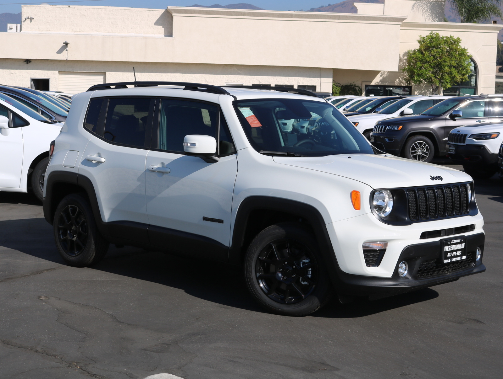 New 2019 JEEP Renegade FWD